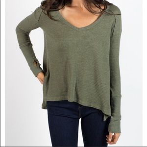 Trunk Ltd. Green Thermal Thumbhole Long Sleeve Top